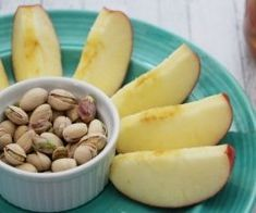 My easy snack choices include nuts, cheese, and fruits - specifically pistachios! Easy Snacks, Almond, Pistachios, Recipes, Food, Pistachio, Eten, Almond Joy, Recipies