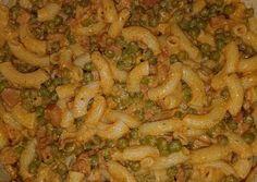 Borsós tészta recept foto Shrimp, Chicken, Meat, Food, Essen, Yemek, Buffalo Chicken, Cubs, Meals
