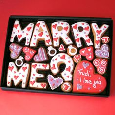 Personalised 'Marry Me' cookie gift box