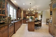 #Kitchen Idea of the Day: Lovely Tuscan Kitchen
