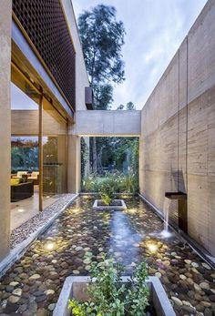 wasserspiele architekturdesign indoor teich indoor outdoor terrasse wohnzimmer haus wasserelemente im freien gartenarbeit tricks - Buro Zu Hause Mit Seestuckunglaubliche Bild