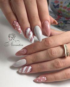 ♚♛нσυѕтσиqυєєивяι♛♚ nail designs designs for short nails step by step essie nail stickers nail appliques full nail stickers Xmas Nails, Holiday Nails, Pink Nails, Christmas Nails 2019, Chrostmas Nails, Christmas Manicure, Pink Nail Art, Nail Art Diy, Pink Art