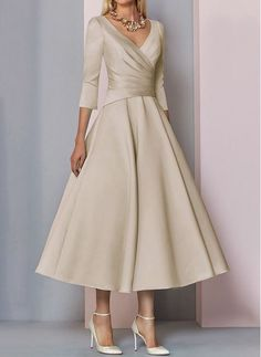 Shop Floryday for affordable Dresses. Floryday offers latest ladies' Dresses collections to fit every occasion. Mob Dresses, Tea Length Dresses, Event Dresses, Women's Fashion Dresses, Dresses For Sale, Dresses Online, Mother Of Bride Outfits, Mother Of Groom Dresses, Neutral Party Dresses