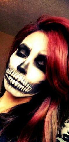 Skull Face for halloween. I have decided to do Halloween makeup for work Maske Halloween, Halloween Zombie, Halloween Make Up, Halloween Costumes, Halloween Face Makeup, Scary Makeup, Awesome Makeup, Facepaint Halloween, Pretty Halloween