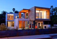 Superb-A House is a Net-Zero Modular Prefabricated Home in Venice Beach