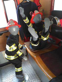 Huncut kis figurák a tűzoltóautóban Jordans Sneakers, Air Jordans, Shoes, Zapatos, Shoes Outlet, Shoe, Air Jordan, Footwear