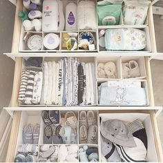 All clothes were replaced by larger sizes and all so neat! I remember when I was - Baby - Nursery Baby Nursery Organization, Nursery Storage, Organizing Baby Stuff, Organize Nursery, Changing Table Organization, Organizing Baby Dresser, Baby Wardrobe Organisation, Diaper Organization, Nursery Shelves