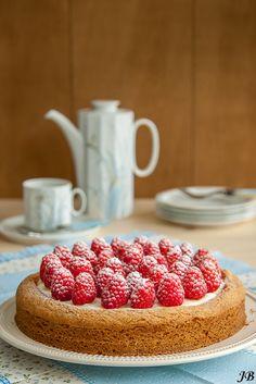 Carolines blog: Witte chocolade - frambozentaart met sloffenbodem