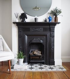 Terrific Pictures victorian Fireplace Hearth Style – Rebel Without Applause Bedroom Fireplace, Home Fireplace, Living Room With Fireplace, Fireplace Design, Home Living Room, Living Room Decor, Bedroom Decor, Fireplace Ideas, Fireplace Makeovers