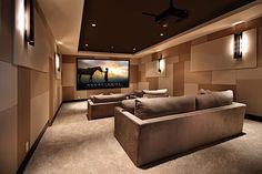 Fitfteen Inspiring Home Theatre Designs (15 Pictures)