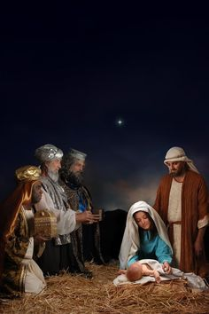 Baby Jesus http://www.pinterest.com/skdnf/merry-christmas/