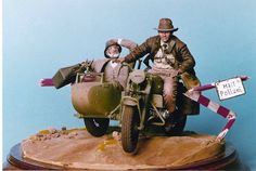 Best of Show - Euromilitaire 2001 - hand-crafted, hand-painted, miniature figurines for Dr. Henry Jones and Jr. #IndianaJones