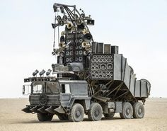 A flame spitting guitar and enough speakers to fill out a stadium, the Doof Wagon is the rolling soundtrack that fills out the Warlord's party.