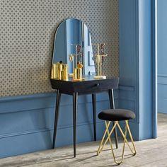 1000 id es sur le th me coiffeuse meuble sur pinterest coiffeuses meubles et meubles ikea. Black Bedroom Furniture Sets. Home Design Ideas