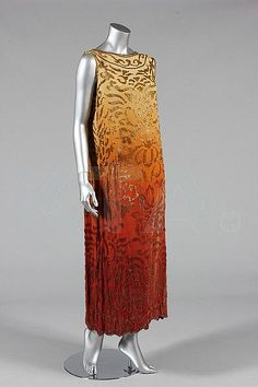 Evening dress, ca 1922 - Bust is 117cm/42in, about a size 20 UK/16 US or (in plus sizing), 18 UK/14W US.