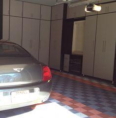 Silver Garage, Traxtile Floor