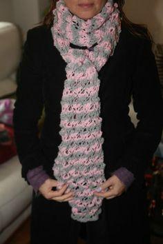 Linda bufanda tejidas a mano con dos agujas