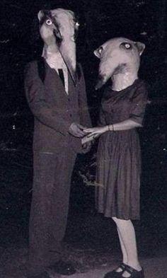 Fotos antigas mostram fantasias bizarras para o Dia das Bruxas - Fotos - UOL Notícias