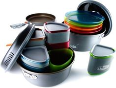 GSI Outdoors Pinnacle Camper Cookset. THIS WOULD BE AWESOME! It all packs into a single carrying case!