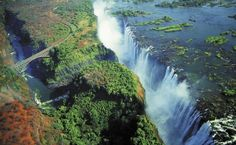 Urgewalt im Herzen von Afrika - Die legendären Victoriafälle aus den Lüften
