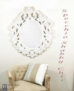 Specchio Ovale Con Cornice Shabby Chic color bianco avorio, con graziosissime  decorazioni a motivi floreali e bordi decapati che gli conferiscono un design originale e particolarissimo. Chicano, Mirror, Furniture, Design, Home Decor, Decoration Home, Room Decor, Mirrors, Home Furniture