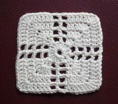 Transcendent Crochet a Solid Granny Square Ideas. Inconceivable Crochet a Solid Granny Square Ideas. Crochet Blocks, Granny Square Crochet Pattern, Crochet Squares, Crochet Granny, Crochet Motif, Diy Crochet, Crochet Designs, Crochet Stitches, Crochet Baby