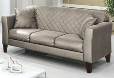Gosta do estilo #clássico? Este #sofá é perfeito para a #decoração da sua #sala! :D  #decoração #design #madeiramadeira