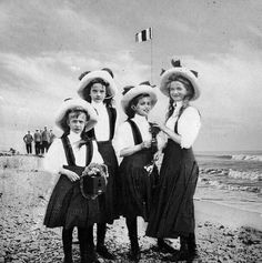 Olga, Tatiana, Maria and Anastasia, four girl of Tsar Nicholas II of Russia, Finland, 1910.