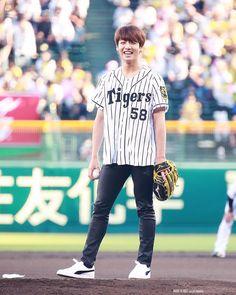 "4,674 Likes, 1 Comments - 방탄소년단 - Bangtan Boys♡ (@korean.lyfe) on Instagram: ""He's such a happy bunny❤️"""