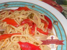 Whole meal spaghetti with red sweet peppers / Spaghetti ολικής άλεσης με κόκκινες γλυκές  πιπεριές - glykesdiadromes.wordpress.com Spaghetti, Wordpress, Pasta, Ethnic Recipes, Food, Essen, Meals, Yemek, Noodle