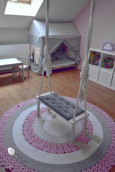 Pokój dziewczynk szaro-różowy