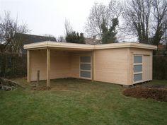 tuinhuis in l vorm, modern met plat dak. Een L-vorm werkt ruimtewinnend. (Deze is met een overkapping, dat deel kan ook dicht zijn.)