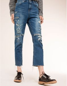 MOM FIT JEANS - DENIM COLLECTION - DENIM - PULL&BEAR Malaysia