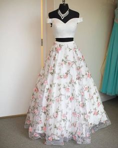 White two pieces tulle long prom dress, tulle evening dress 0021 - atemberaubende kleider Floral Prom Dresses, Prom Dresses Two Piece, Cute Prom Dresses, Grad Dresses, Dance Dresses, Pretty Dresses, Evening Dresses, Two Piece Dress, Casual Dresses