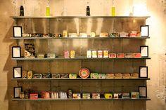 Einkaufen am Sonntag   Stadtbekannt Wien   Das Wiener Online Magazin Online Magazine, Liquor Cabinet, Storage, Furniture, Home Decor, Sunday, Shopping, City, Homemade Home Decor