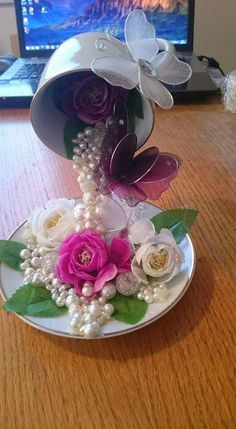 Tea Cup Art, Tea Cups, Cup And Saucer Crafts, Floating Tea Cup, Teacup Crafts, Craft Projects, Projects To Try, Party Centerpieces, Paper Flowers