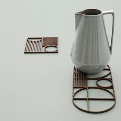 Protect your table with a Ouline trivet by ferm LIVING. Add a timeless Bauhaus dinner setting. Made in geometrical shapes with the ferm LIVING signature.