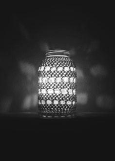 crochet cover for mason jar. (love love love)