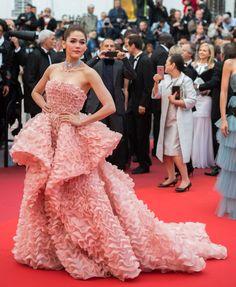 Araya A. Hargate: http://www.stylemepretty.com/2016/05/18/cannes-film-festival-red-carpet-fashion/