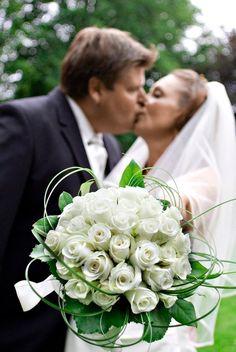Bryllup fotograf: Thomas og Charlotte gift i Vedbæk Kirke