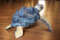 Paper Make Sea Turtle Paper Mache Projects, Paper Mache Crafts, Art Projects, All Paper, Paper Art, Paper Mache Animals, Paper Mache Sculpture, Sculptures, Turtle Love