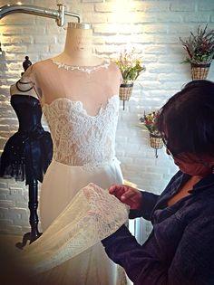 Vestido de Paola Palacios, corte sirena, randa stretch