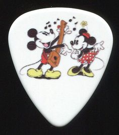 MICKEY and MINNIE MOUSE Guitar Pick!!! DISNEY