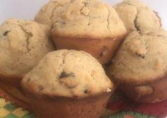 Cupcakes de banano y avena Receta de Claudia Patricia Gómez - Cookpad Muffin, Bread, Breakfast, Health, Food, Lemon Drops, Vegans, Morning Coffee, Brot