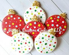 Holiday Christmas Ornaments Custom Decorated Christmas Cookies Sold by the Dozen Weihnachten Christmas Biscuits, Christmas Sugar Cookies, Christmas Snacks, Christmas Cooking, Holiday Cookies, Christmas Ornaments, Christmas Christmas, Christmas Cookie Boxes, Christmas Decorations