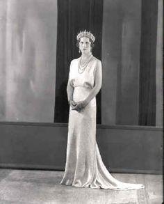 Helen of Greece, Princess of Romania