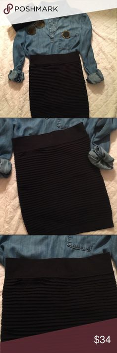 NWOT! BCBGeneration Body Con Skirt in Black Stylish and sexy body con skirt is versatile and pairs well with sweaters, blouses, tees. BCBGeneration Skirts Mini