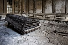 Sadly, Utterly Abandoned Pianos and Organs