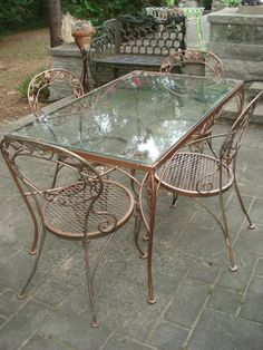 Fabulous Chantily Rose Woodard Patio Vintage Mid Cent