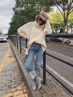 Women's winter outfits ideas australian casual fall fashion, winter f Hello Fashion Blog, Fashion Week, Fashion 2017, Look Fashion, Fashion Outfits, Womens Fashion, Fashion Trends, Autumn Fashion Casual, Casual Fall Outfits